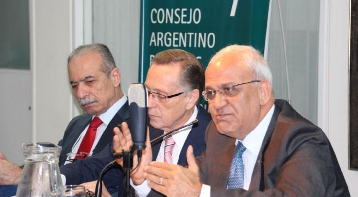 Sesión académica del Secretario General de la OLP, Saeb Erekat, en el CARI